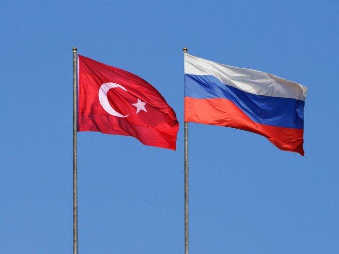 В Кремле признали, что позиция Турции по Крыму осложняет отношения двух стран.