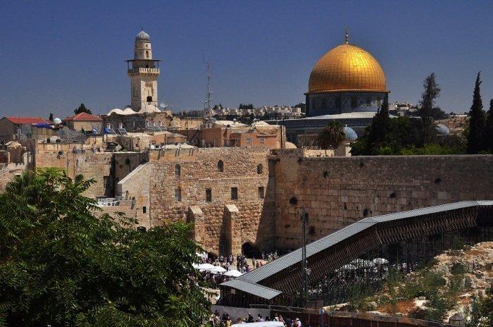 СМИ сообщили о желании Израиля передать Саудовской Аравии контроль над святынями Иерусалима.