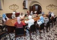 В ДУМ РТ молодых мусульманок научили петь колыбельные песни