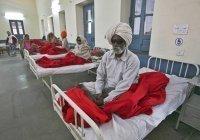 Более 350 человек заразились неизвестной болезнью в Индии