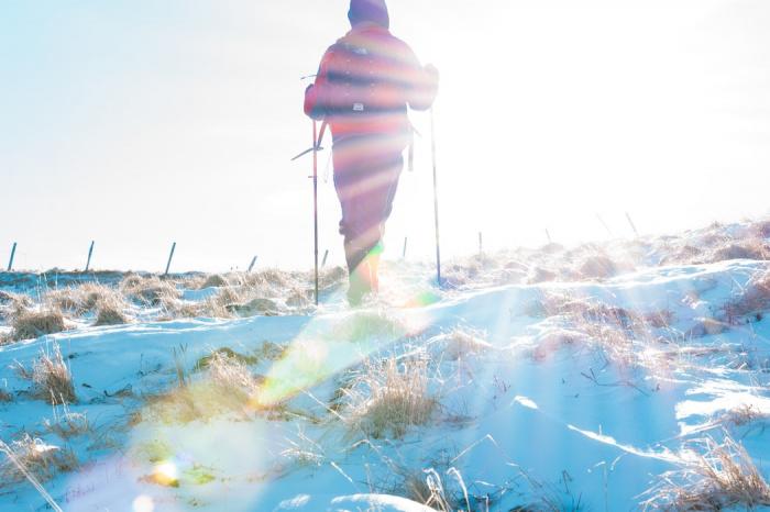 Зимой глаза человека страдают от солнца не меньше, а возможно, даже и больше, чем летом