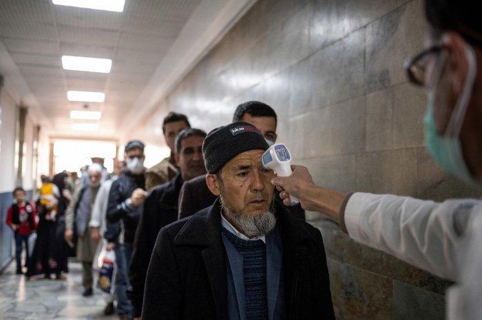 В минздраве Афганистана рассказали о вакцинации населения от коронавируса.