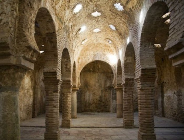 Альгамбра, фламенко и паэлья: как мусульманское наследие стало визитной карточкой Испании