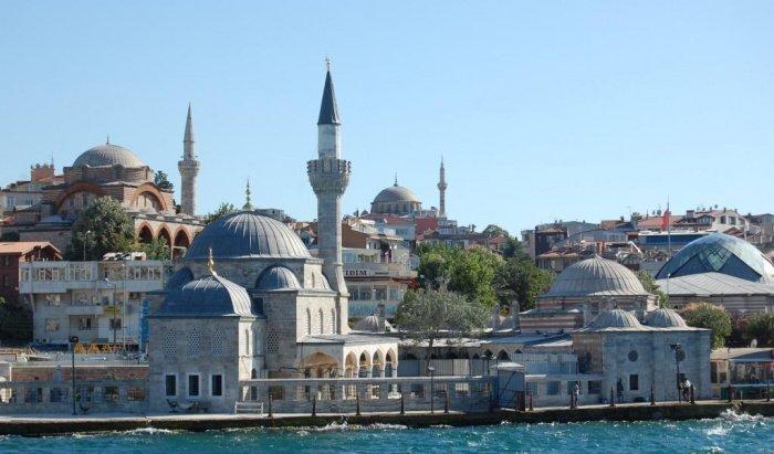 Стамбульская мечеть, на которую никогда не садятся птицы (ФОТО)