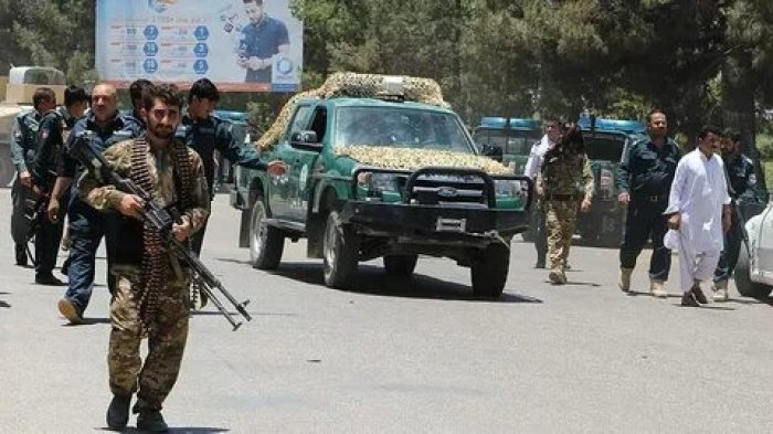 Талибы атаковали афганских военных, есть жертвы.