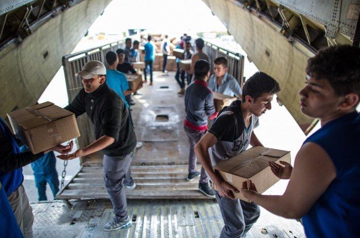 Новая партия гуманитарной помощи прибыла из России в Сирию.