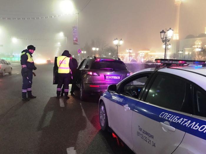 В результате инцидента пострадавших среди полицейских нет.