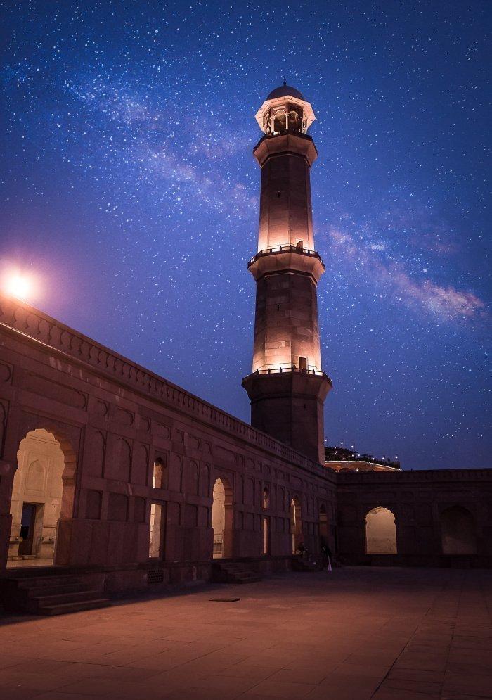 7 дней до Рамадана: может ли интимная близость прервать итикаф