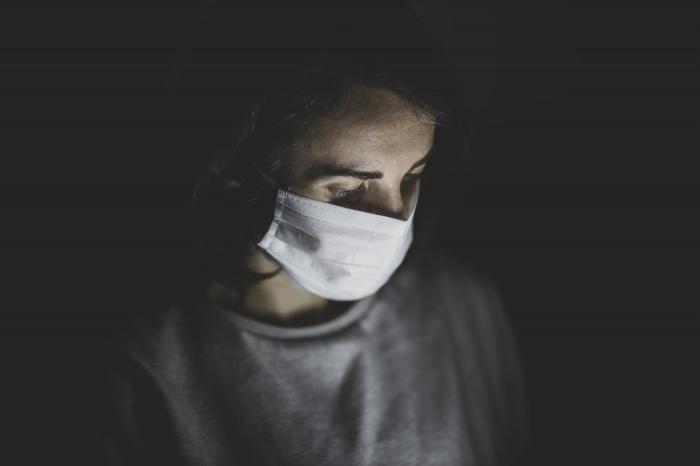 В соответствии с данными проекта Университета Джонса Хопкинса, в мире зарегистрировано в общей сложности 77 955 749 случаев заражения коронавирусной инфекцией