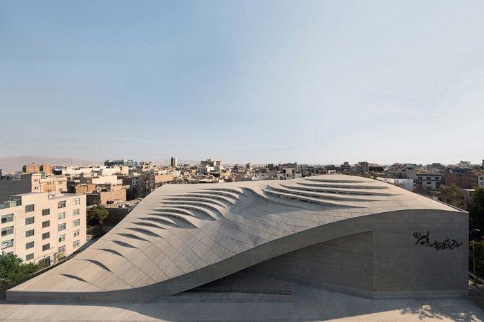 10 современных мечетей, бросающих вызов традиционной исламской архитектуре