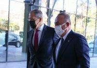 Чавушоглу: Турция хочет добиться безвизового режима с Россией