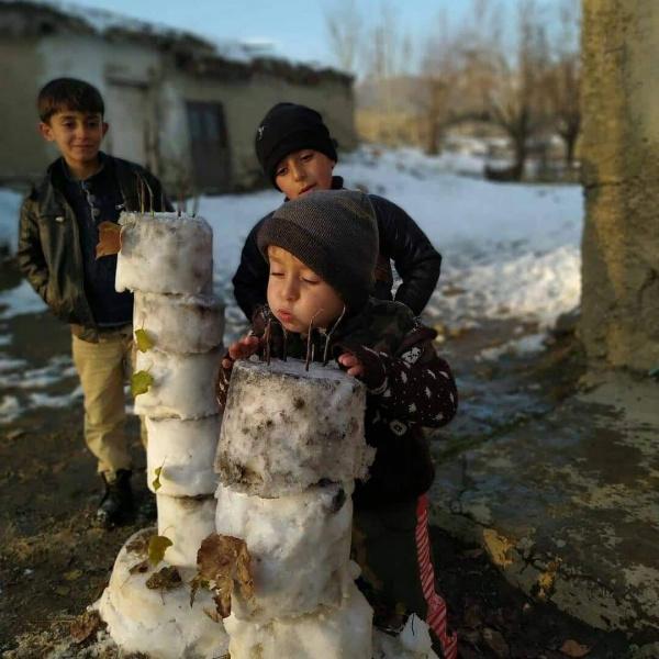 Как 4-летнему Энису из Турции удалось научить взрослых быть человечными? (Источник фото: News Turk)·