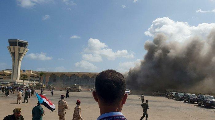 Возросло число жертв взрывов в аденском аэропорту.