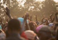 При атаке боевиков на деревни в Нигере погибли около 100 человек