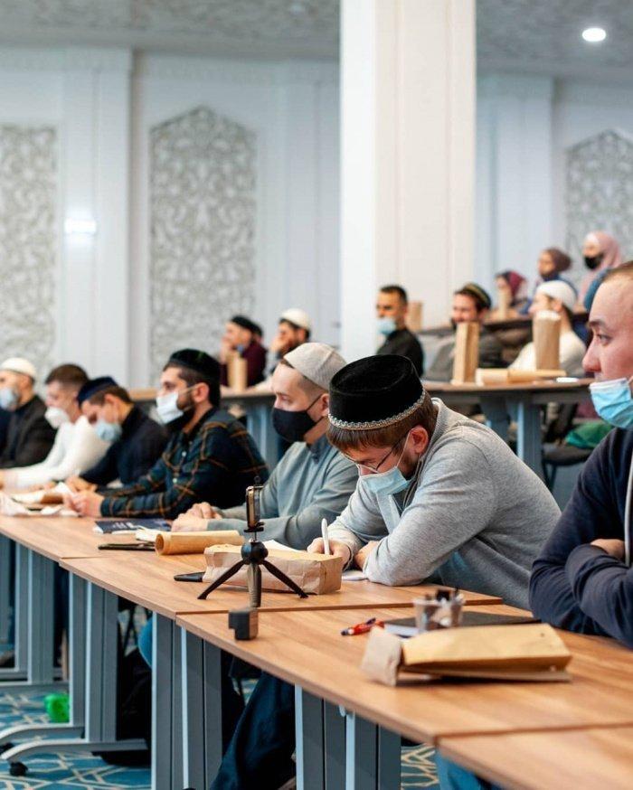 Высокомерие, гнев и зависть: как мусульманам очистить своё сердце?