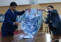 Партия Назарбаева одерживает победу на парламентских выборах в Казахстане
