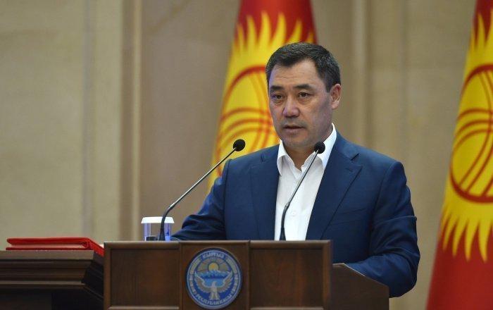Избранный президент Киргизии пообещал сохранить официальный статус русского языка.