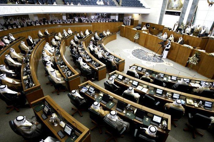 Новое правительство Кувейта не проработало и месяца.
