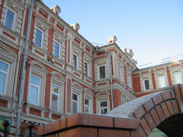 Сроки открытия обновленного здания медресе были перенесены из-за пандемии.