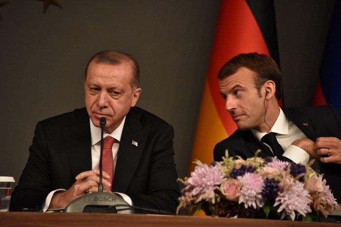 Макрон захотел помириться с Эрдоганом.