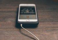 Стало известно, в каких случаях телефон заряжать опасно