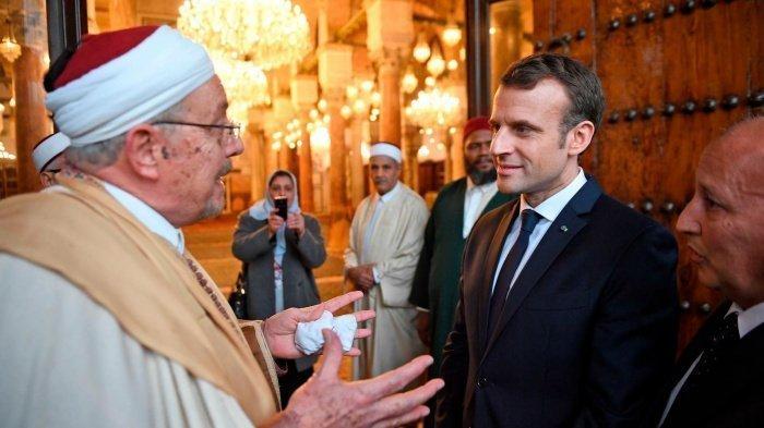 Во Франции будет принята хартия по исламу, инициированная президентом Макроном.