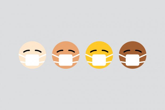 В конце дня, говорит медик, маски нужно стирать, сушить и гладить, поскольку между волокнами ткани могут остаться бактерии
