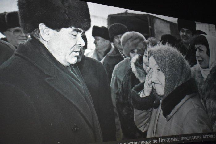 Никогда не бояться трудностей: фоторепортаж с выставки в честь Минтимера Шаймиева