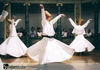 Кто был объявлен первым официальным суфием?