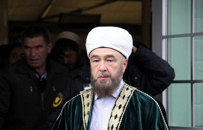 Муфтий Нафигулла Аширов попал в больницу с коронавирусом.