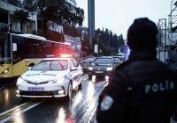 В Стамбуле неизвестный ранил ножом трех россиян