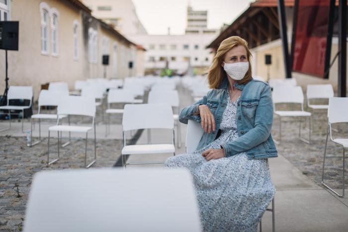 Пандемия завершится окончательно, когда с вирусом «проконтактируют» 70-80% населения мира