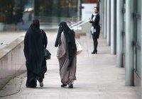 Церковь в Швейцарии вступилась за право мусульманок покрывать лицо