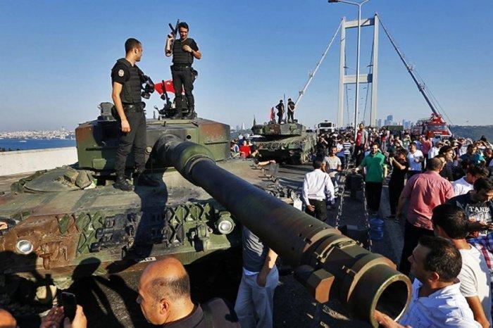 США отвергли свою причастность к попытке госпереворота в Турции.