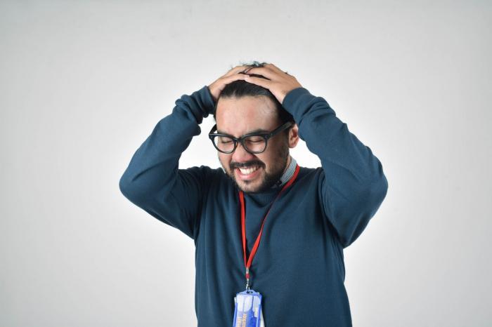 К фактору риска для головной боли врач относит малоподвижный образ жизни