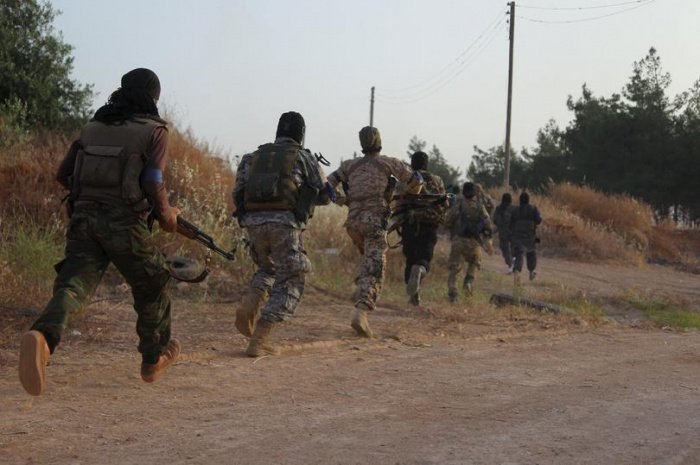Сирийские боевики готовят теракты в России, заявил источник.