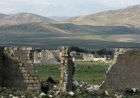 Азербайджан восстановит в Карабахе наследие, принадлежащее всем религиям