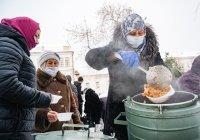 ДУМ РТ продолжает раздачу горячих обедов для нуждающихся