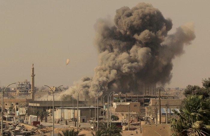 Удары США приводят к жертвам среди мирного населения, заявили аналитики.