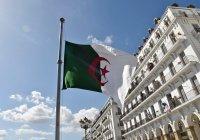 Президент Алжира рассказал о производстве российского «Спутника V»