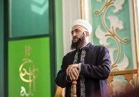 Муфтий провел пятничный намаз в Елабужской соборной мечети