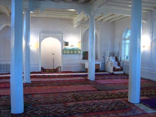Старинная мечеть Ногай Кургана, внутренний вид (Источник фото: mytashkent.uz, автор фото: Нариман Каримов).