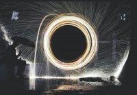 Ученым удалось создать «черную дыру»