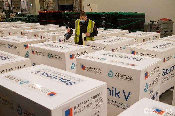 Палестина получила от ОАЭ 20 тысяч доз российской вакцины.