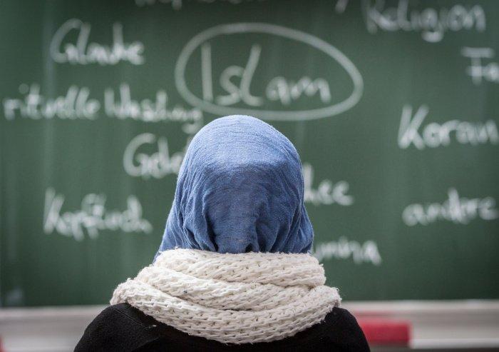 Школьники Германии смогут посещать уроки ислама.