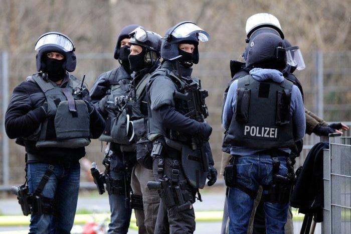 800 правоохранителей приняли участие в антитеррористической операции.