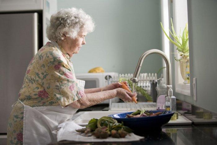 Для пенсии в 100 тыс. рублей предстоит накопить порядка 15 млн рублей (Фото: unsplash.com)