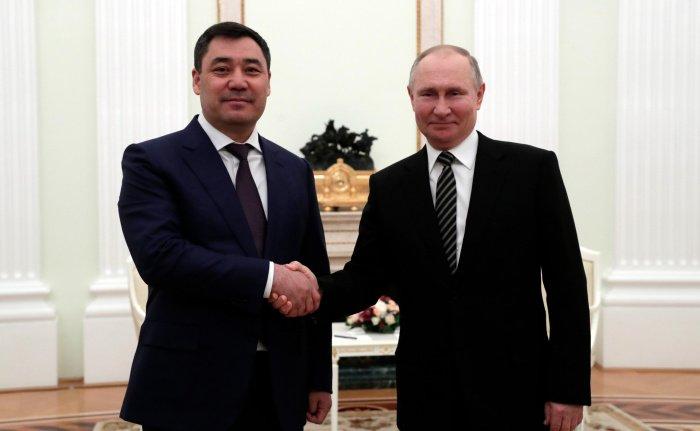Путин и Жапаров на встрече в Москве.