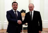 Президент Киргизии рассказал о своем подарке Путину