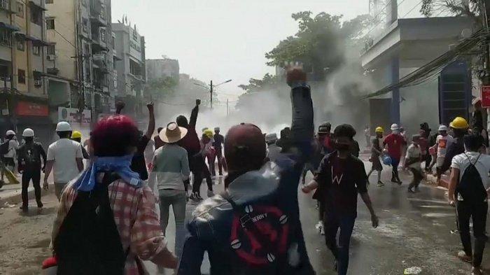 СМИ сообщили о жертвах в ходе столкновений в Мьянме.
